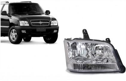 Farol S10 Blazer Pitbull 2001 a 2011 Pisca Cristal LADO DIREITO Tech One