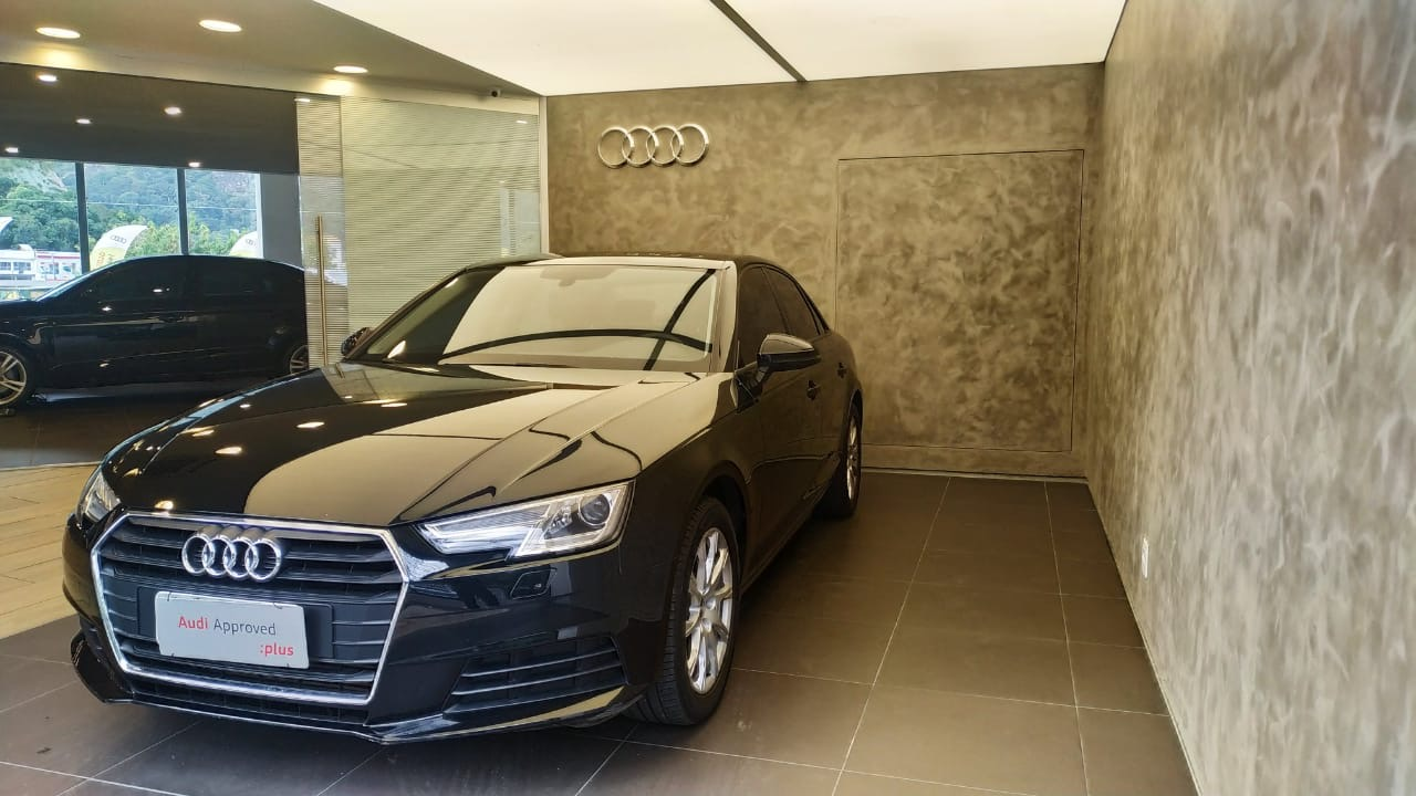 A4 Attraction 2.0 TFSI 190cv S tronic