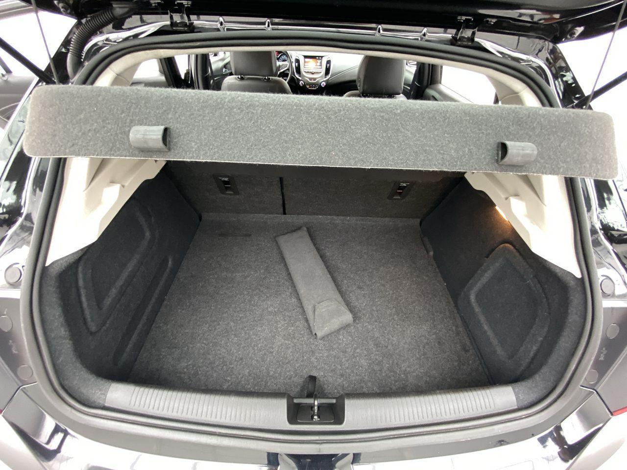 CRUZE Sport LT 1.4 16V TB Flex 5p Aut.