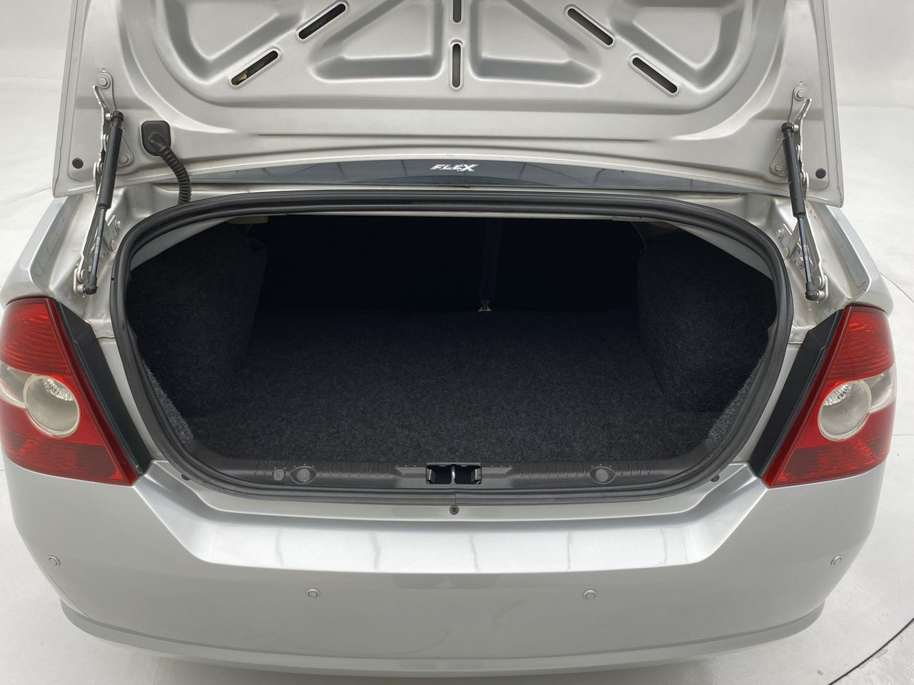 Fiesta Sed. 1.6 8V Flex 4p