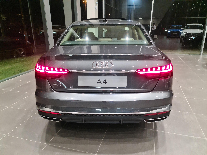 Audi-A4-A4 Prestige Plus 2.0 TFSI 190cv S tronic