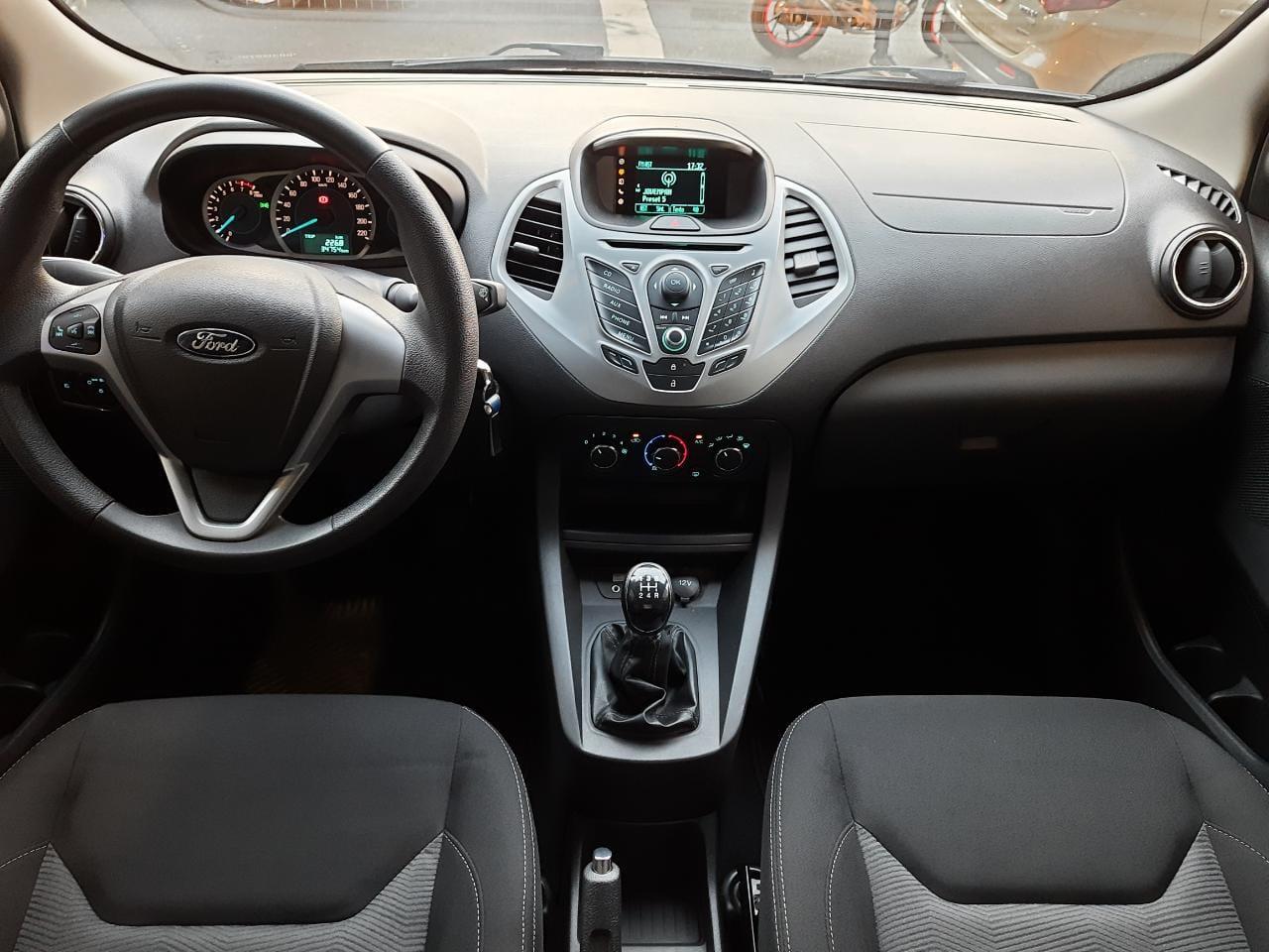 Ford-KA-Ka 1.5 SE Plus 12V Flex 5p Mec.