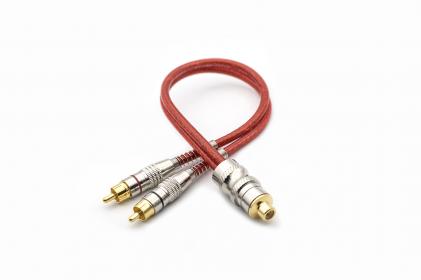 Cabo Y Prime Plug de Metal 5mm Vermelho 1F 2M Svart