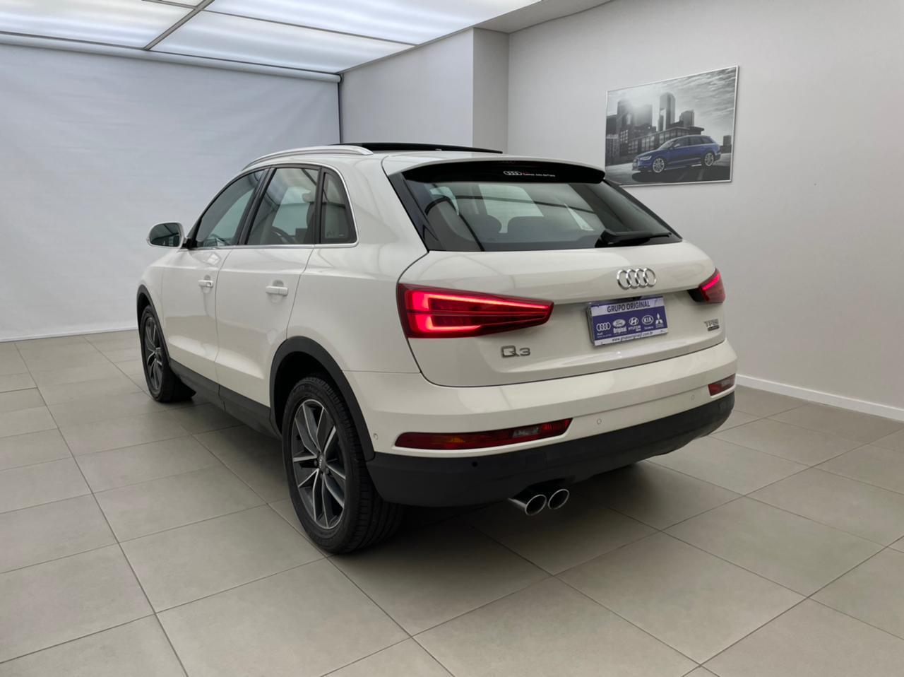 Audi-Q3-Q3 2.0 TFSI Quat. 170/180cv S-tronic 5p