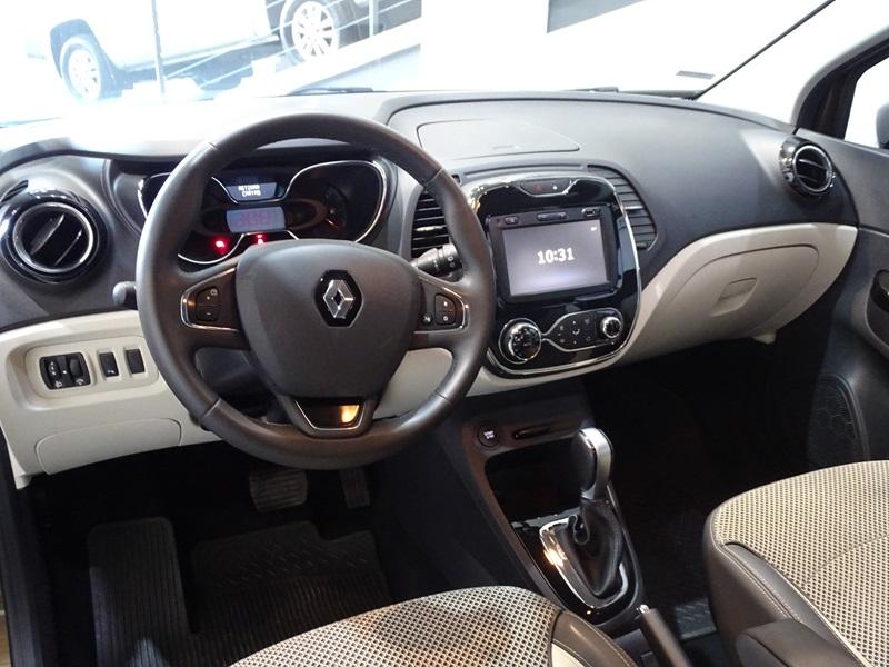 Imagem 8 de Renault CAPTUR Intense 1.6 16V Flex 5p Aut.