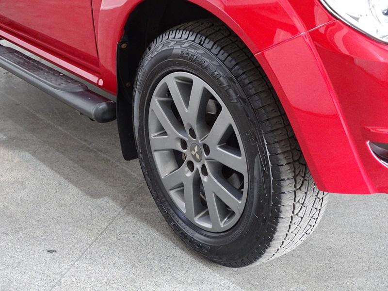 Imagem 5 de Mitsubishi Pajero TR4 2.0 Flex 16V 4X2 Aut.