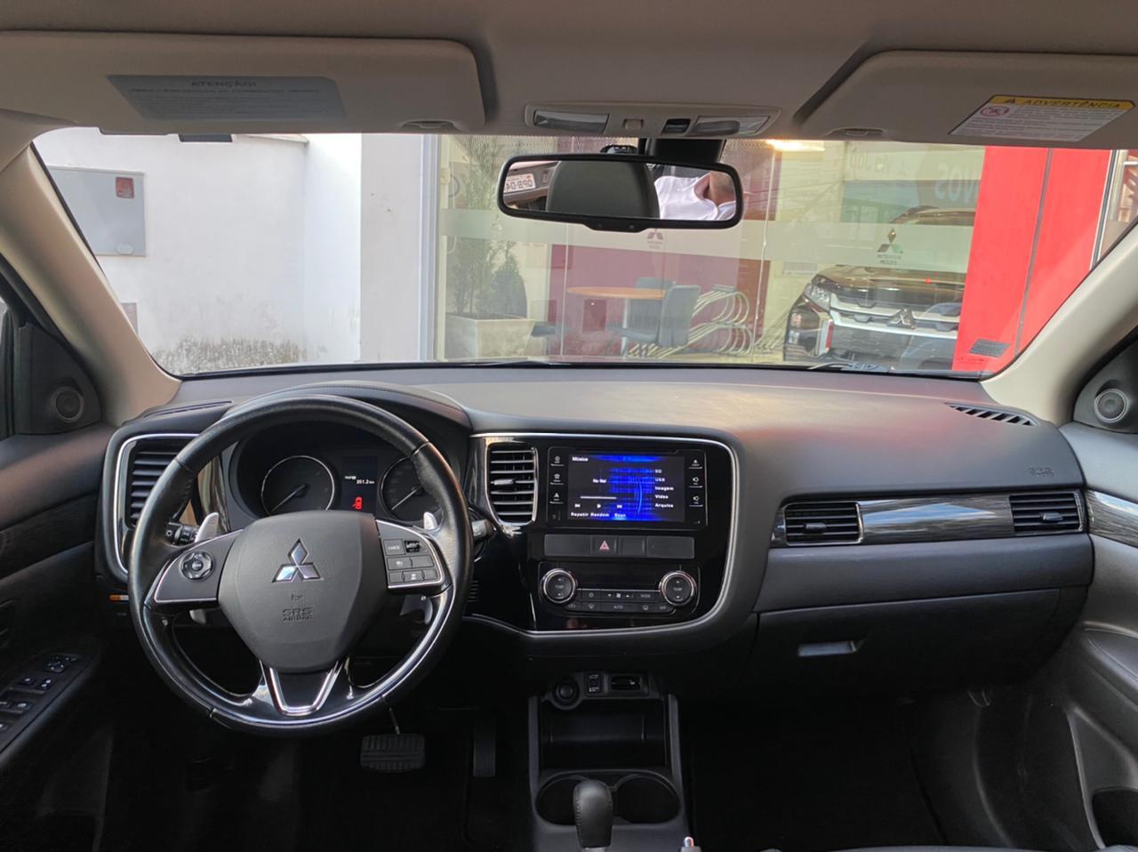 Imagem 7 de Mitsubishi OUTLANDER 2.2 165cv Diesel Aut.