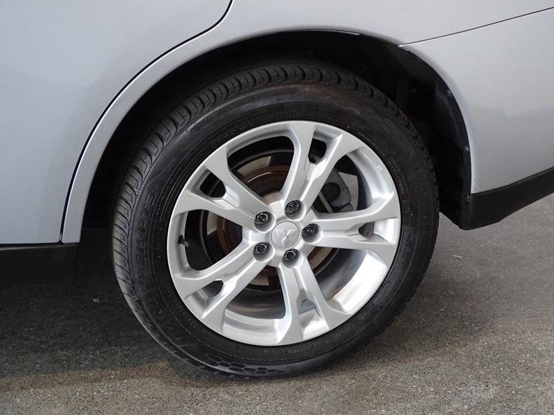 Imagem 4 de Mitsubishi OUTLANDER 3.0/ GT 3.0 V6 Aut.