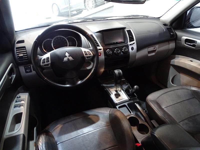 Imagem 10 de Mitsubishi Pajero DAKAR/HPE 3.5 4x4 Flex 5p Aut.