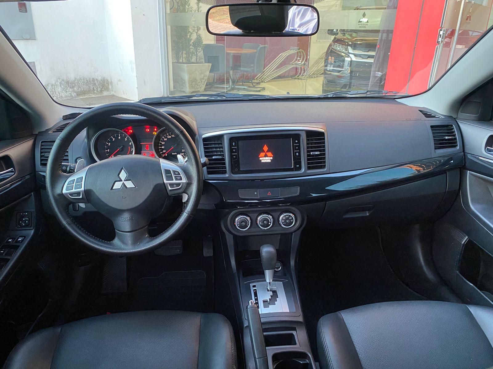 Imagem 6 de Mitsubishi Lancer HL-T 2.0 16V 160cv Aut.